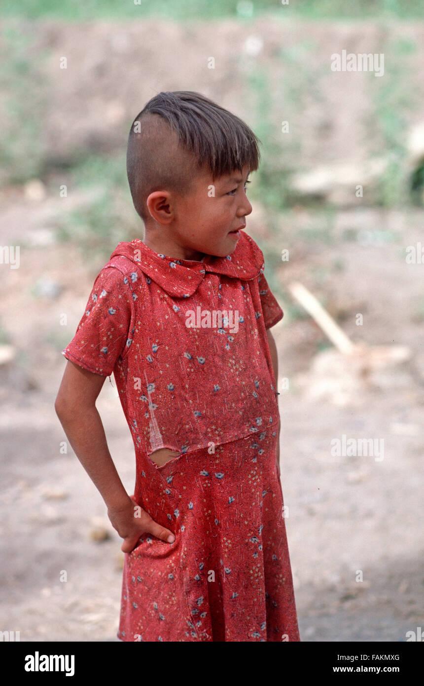 uyghur-girl-in-turpan-xinjiang-province-