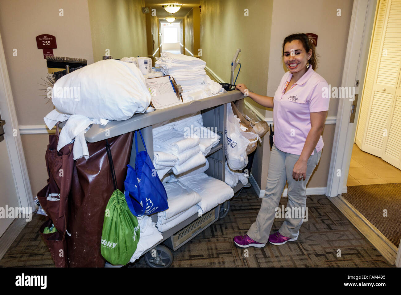 Holiday Inn Express Housekeeping Uniforms Pictures To Pin
