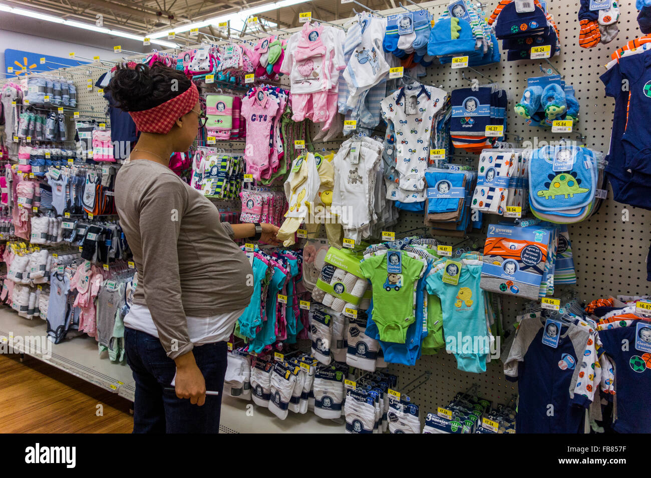 new walmart stock photos new walmart stock images alamy pregnant w looking at baby clothes walmart store pasco washington state usa