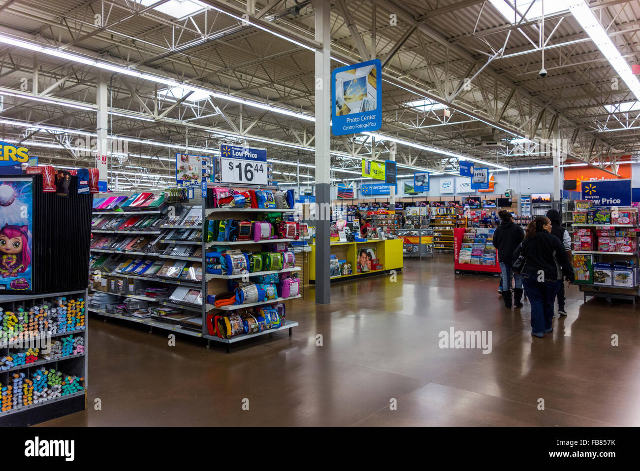 post-Christmas shoppers, Walmart Store, Pasco, Washington State ...