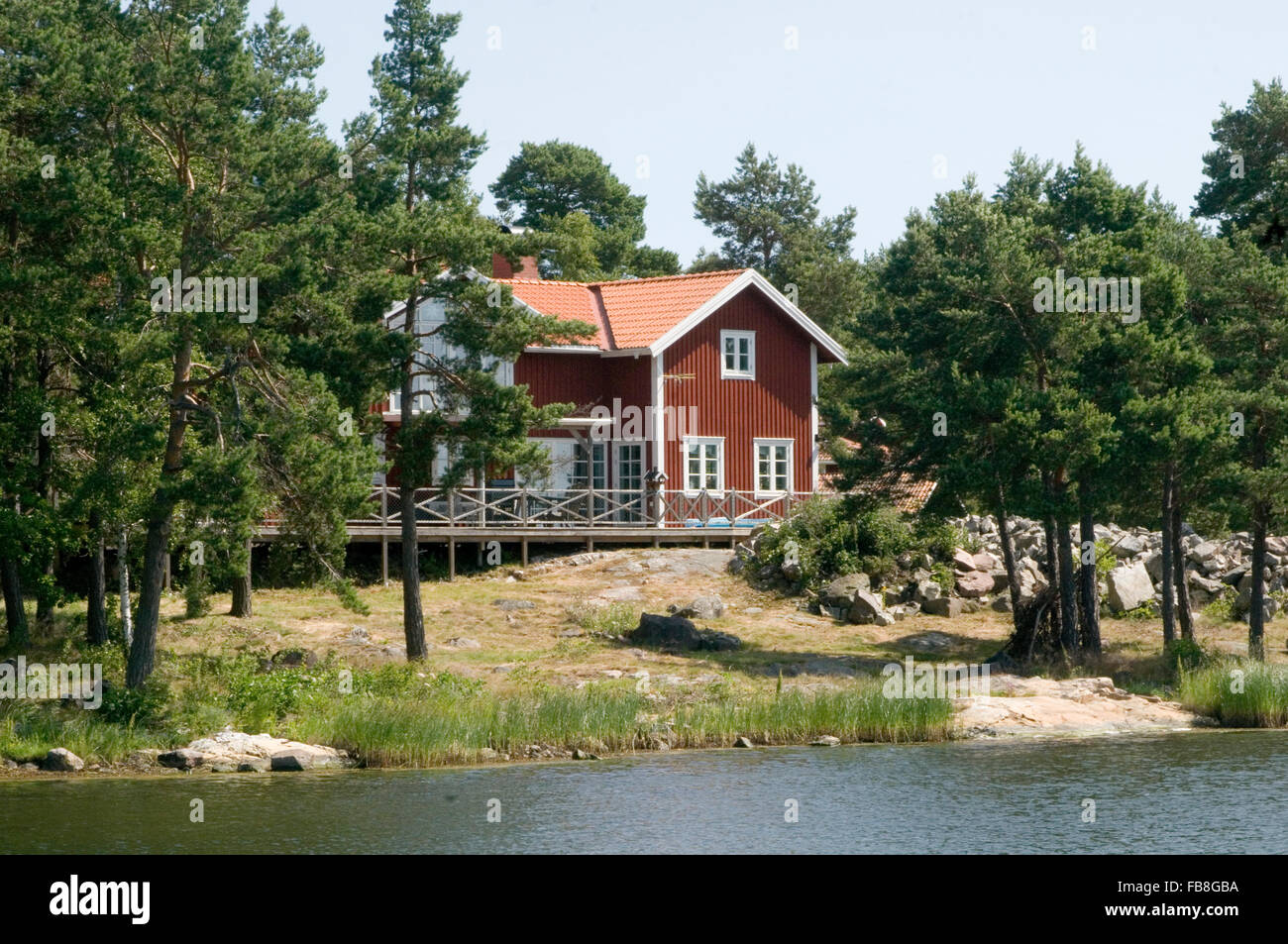 traditional swedish house red houses sweden timber building red