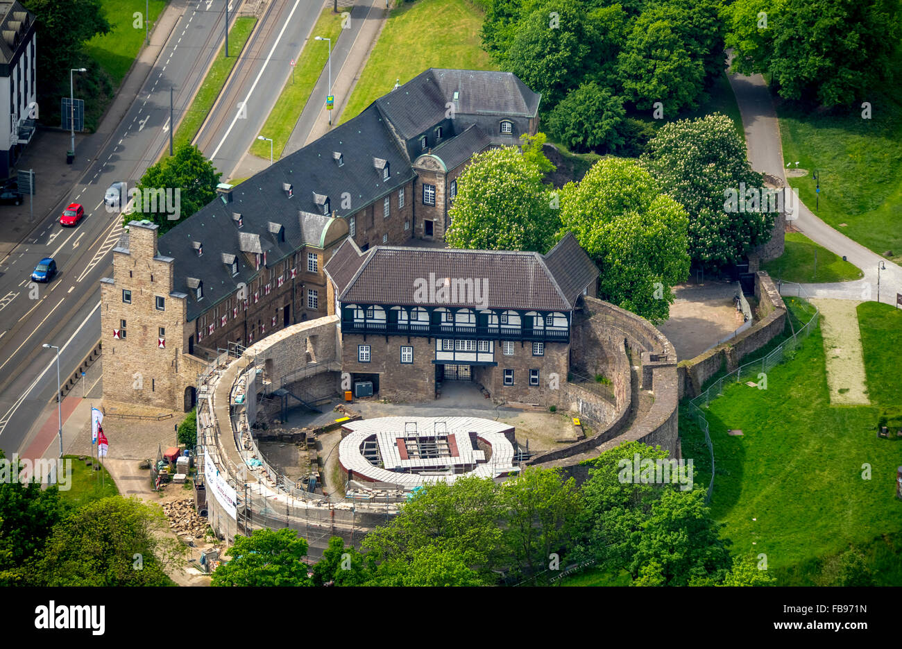 aerial view castle broich ruhr valley m lheim an der ruhr ruhr stock photo 93016161 alamy. Black Bedroom Furniture Sets. Home Design Ideas