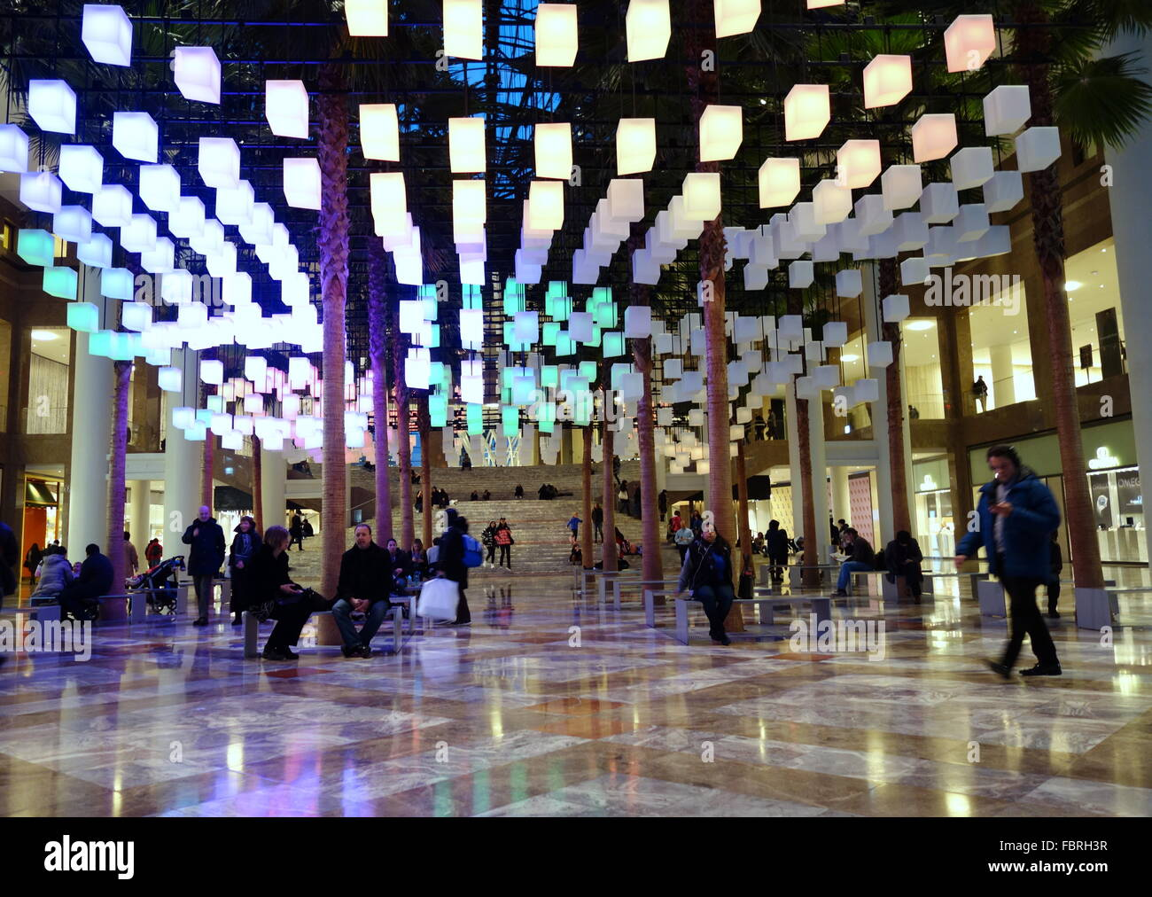 spectacular lighting. luminaries a spectacular lighting display at the winter garden brookfield place new york city