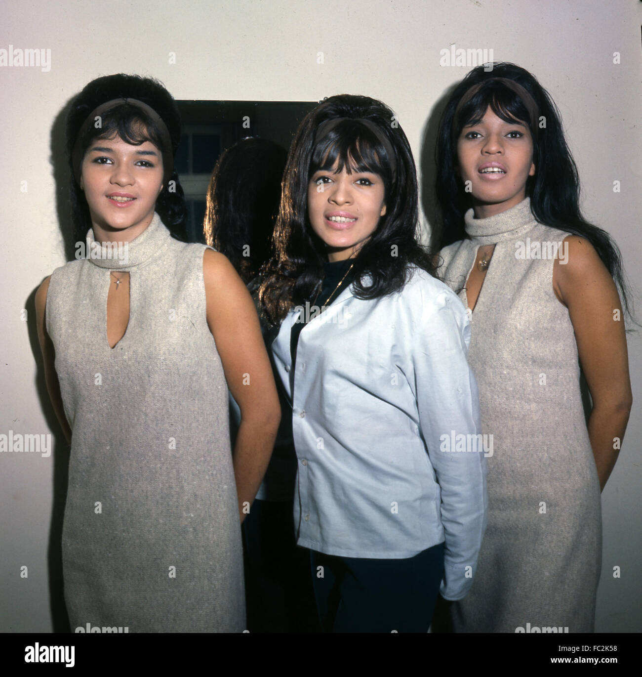 The Ronettes The Phil Spector Group The Best Part Of Breaking Up Big Red