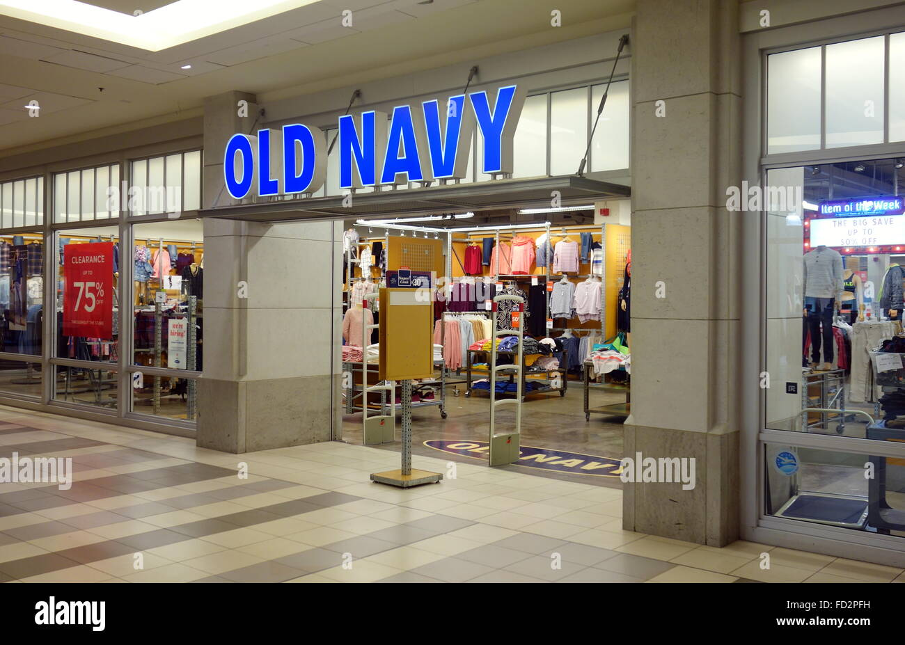 I wanted to go check this old navy old considering I'm new to this neighborhood. The store is a mess! there's never shopping carts available for those who have children I love old navy but this place needs help attending to there customers needs.. remember make the customer feel welcomed move the lines faster and you'll have loyal customers 3/5(42).