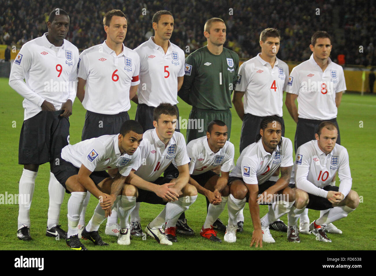 England National Football team pose for a group photo ...
