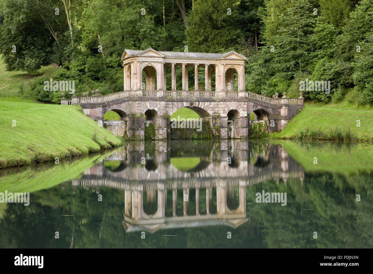 Stock Photo   The Palladian Bridge At Prior Park Landscape Garden, Bath. The  Bridge Was Built In 1755 By Richard Jones And Was The Third Such Structure  To ... Good Ideas