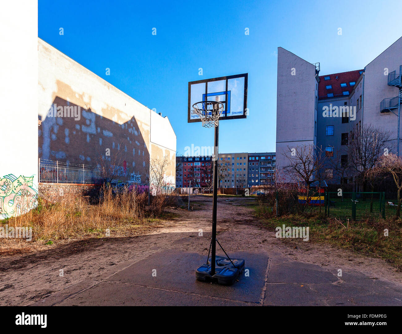 Backyard,basketball Hoop,poor