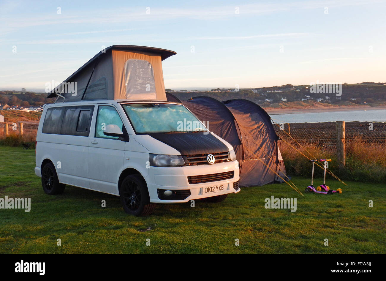 volkswagen transporter t5 camper van stock photo royalty free image 94597962 alamy. Black Bedroom Furniture Sets. Home Design Ideas