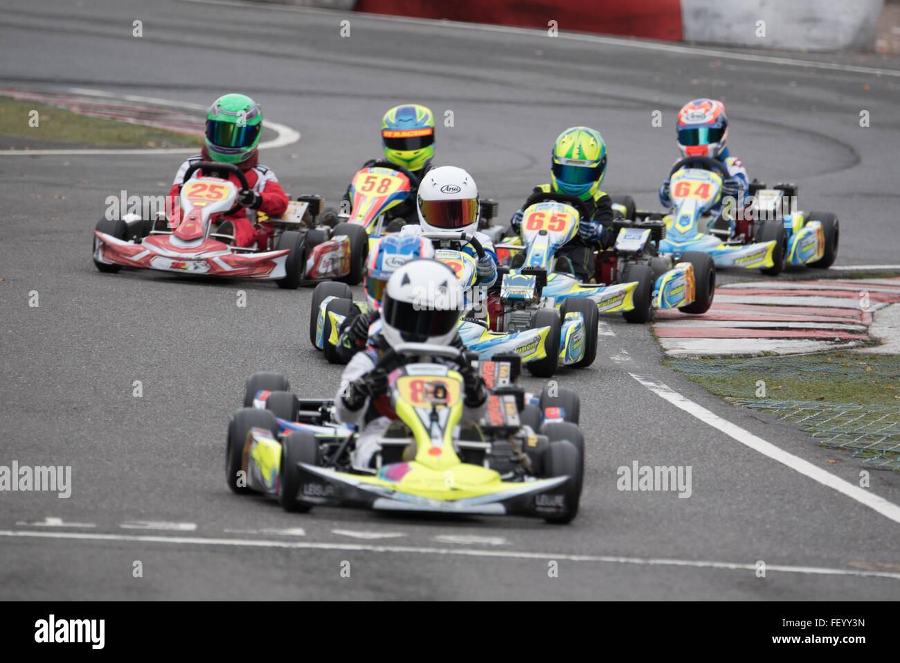 Karting race kids Stock Photo: 95271001 - Alamy