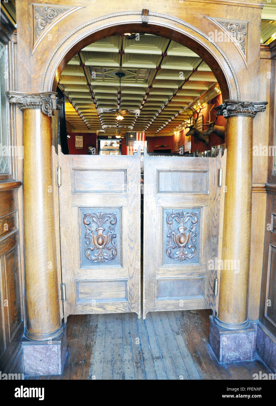 Bar Swinging Doors Jerome Arizona.Found Richest Copper Mines Ever In Jerome Between Sedona And PrescottCopper Gold Silver Mine : swinging doors spokane - pezcame.com