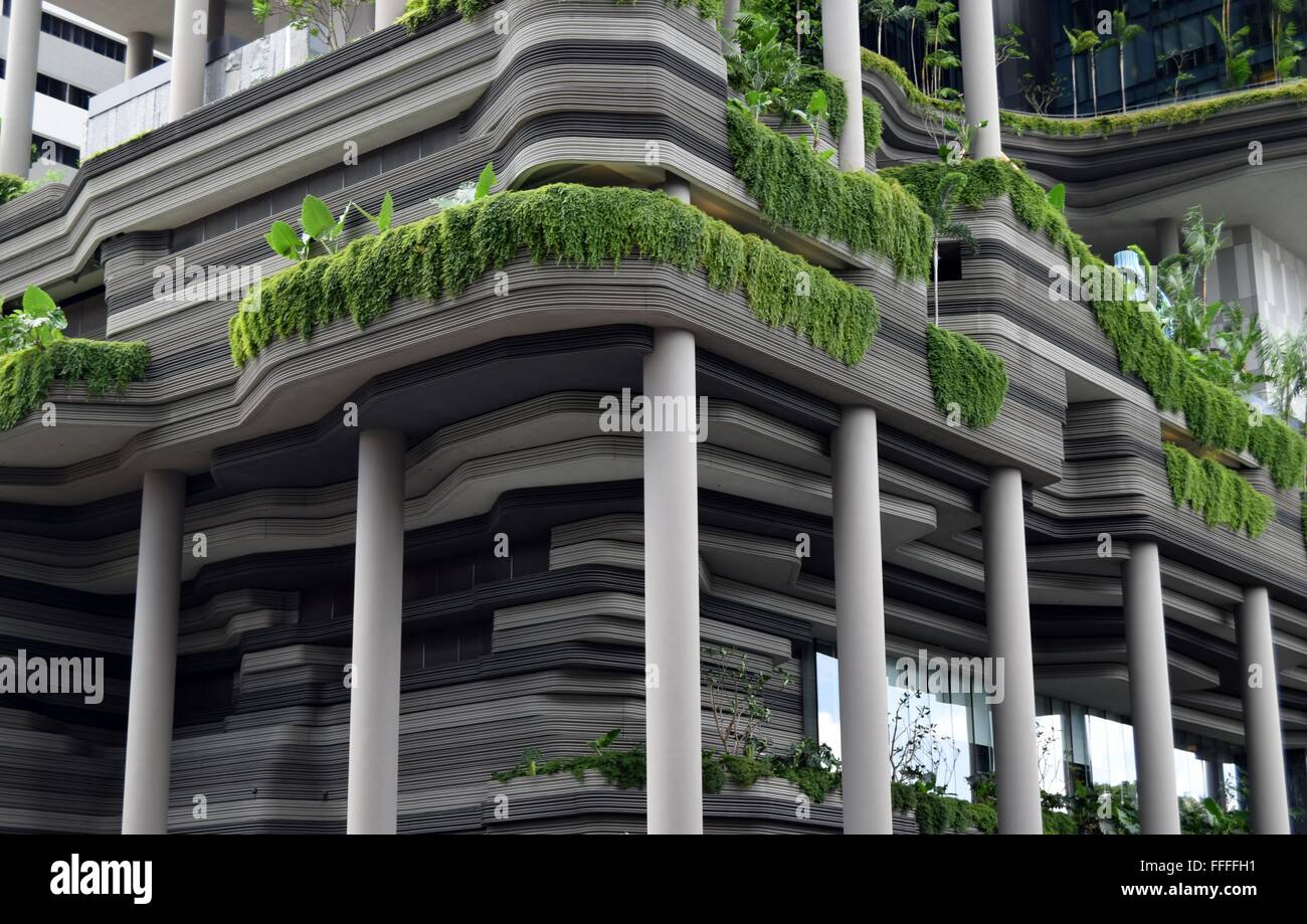 Singapore: Hotel facade with hanging gardens