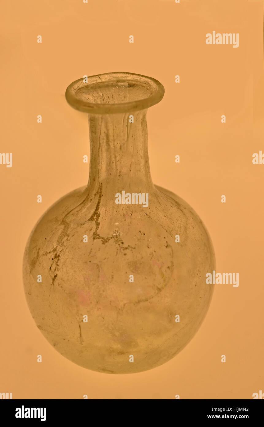 Ancient roman glass vase with round bowl slim neck and lip around ancient roman glass vase with round bowl slim neck and lip around the opening reviewsmspy