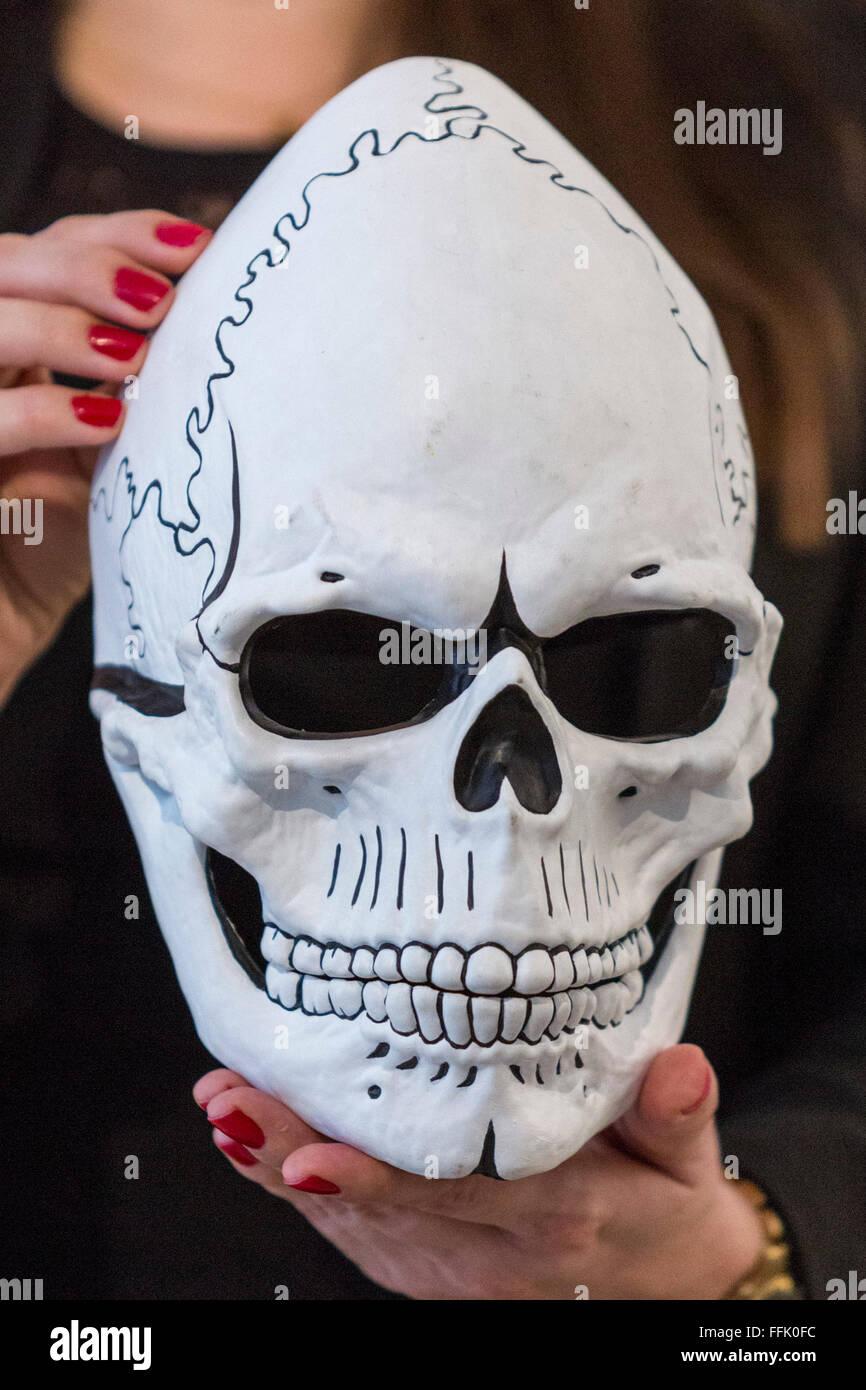Amazon Womens Day Of The Dead Dia De Los Muertos Mask