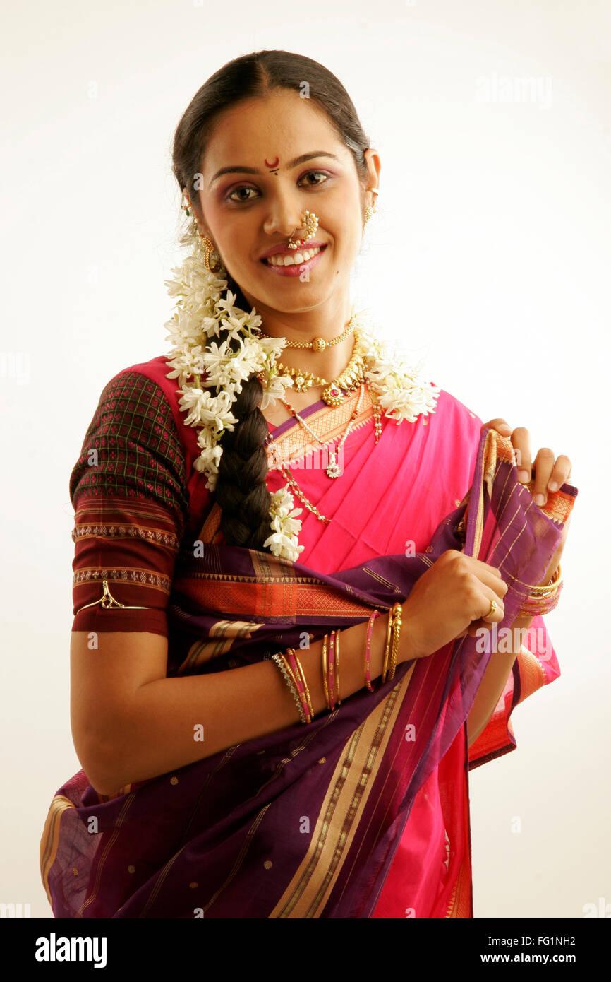 South Asian Indian Maharashtrian girl wearing traditional navwari ...