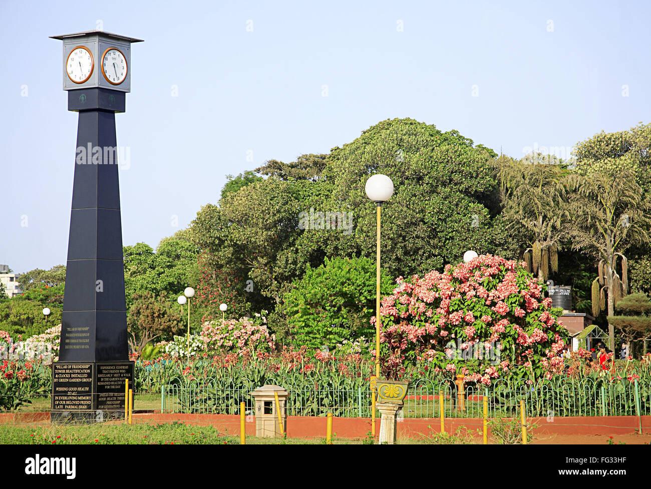 Pillar Of Friendship With Clocks Bombay Municipal Corporation Garden Or  Park , Bombay Mumbai , Maharashtra , India