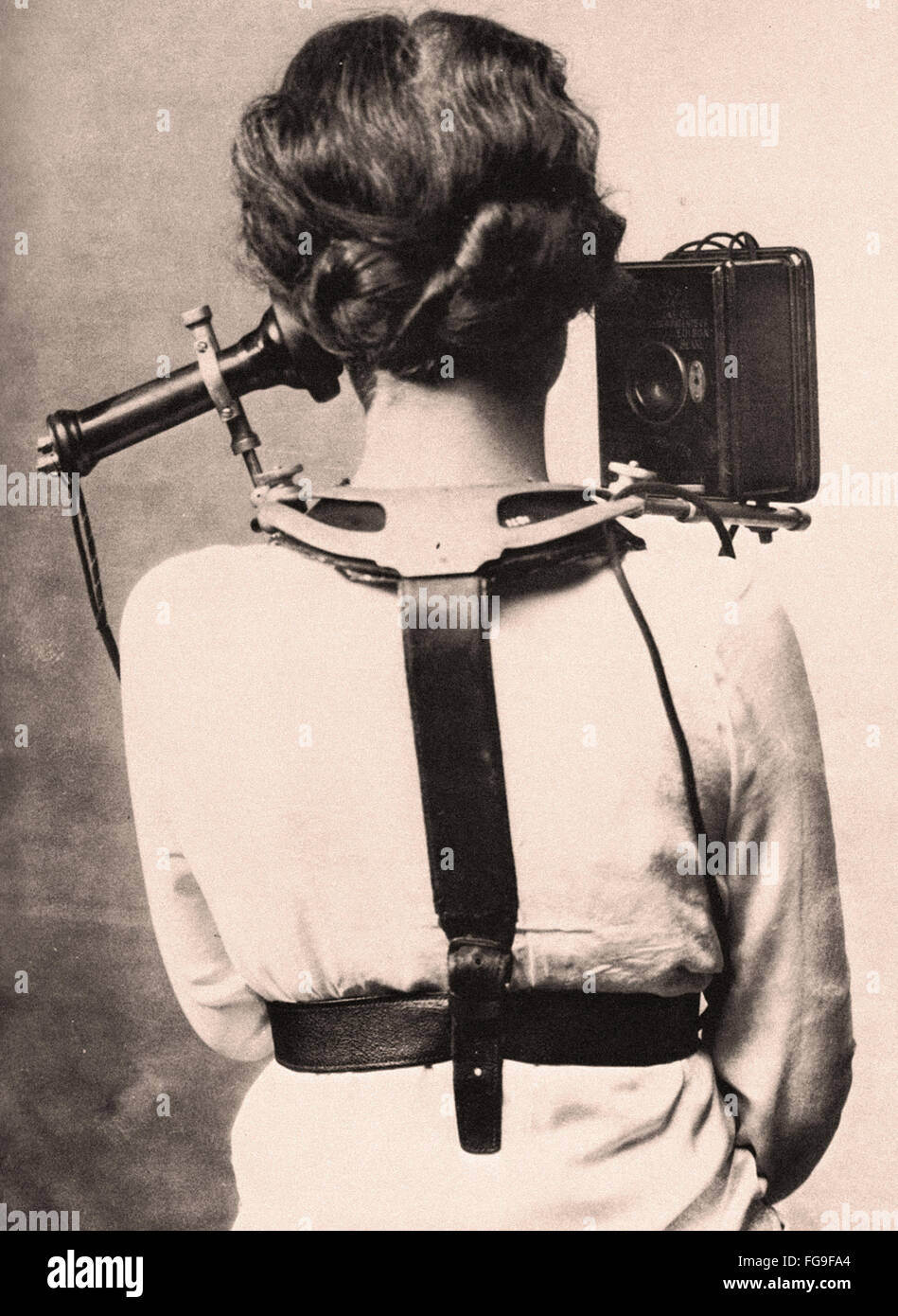 switchboard operator vintage stock photos switchboard operator circa 1880 this early switchboard operator hardware weighed 6 pounds first mobile phone