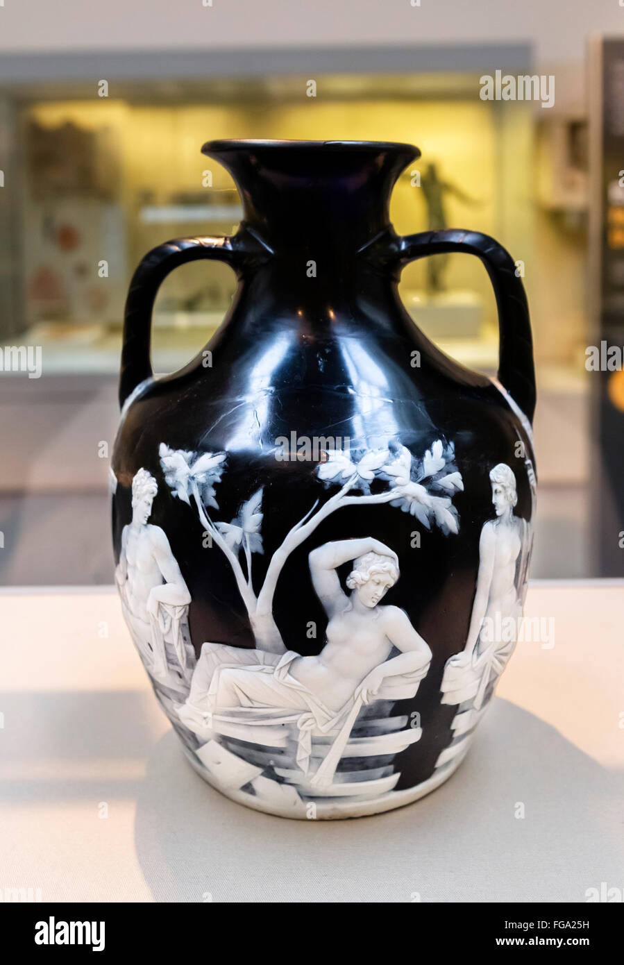 Portland vase stock photos portland vase stock images alamy the portland vase a roman cameo glass vase made between 15 bc and ad 25 reviewsmspy