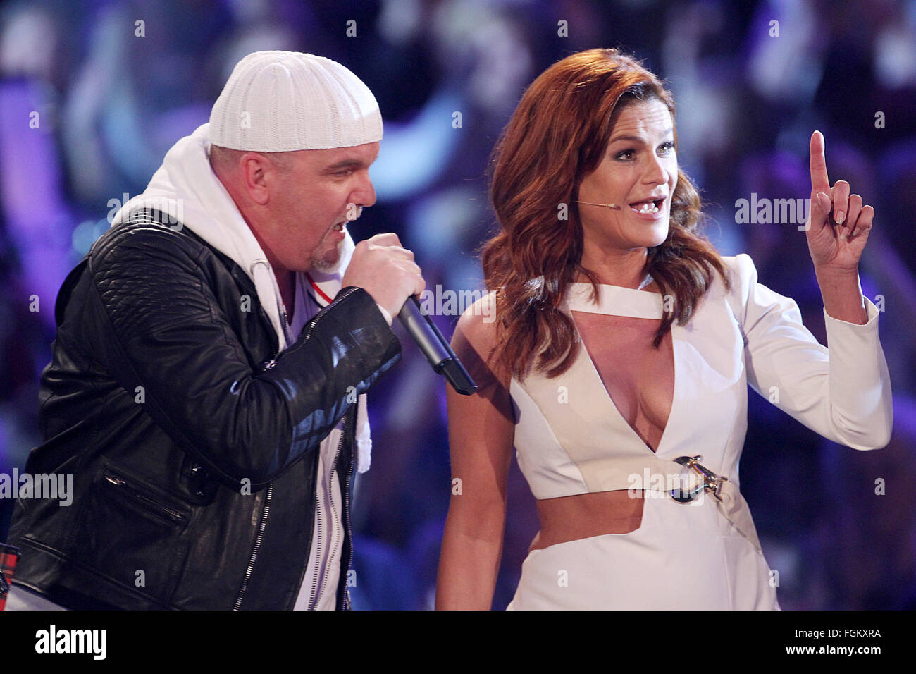 Andrea berg 2016 hd image free - 20th Feb 2016 Singers Andrea Berg R And Dj Otzi Sing On Stage During The Television Show Das Glueckwunschfest Silbereisen Gratuliert In Riesa