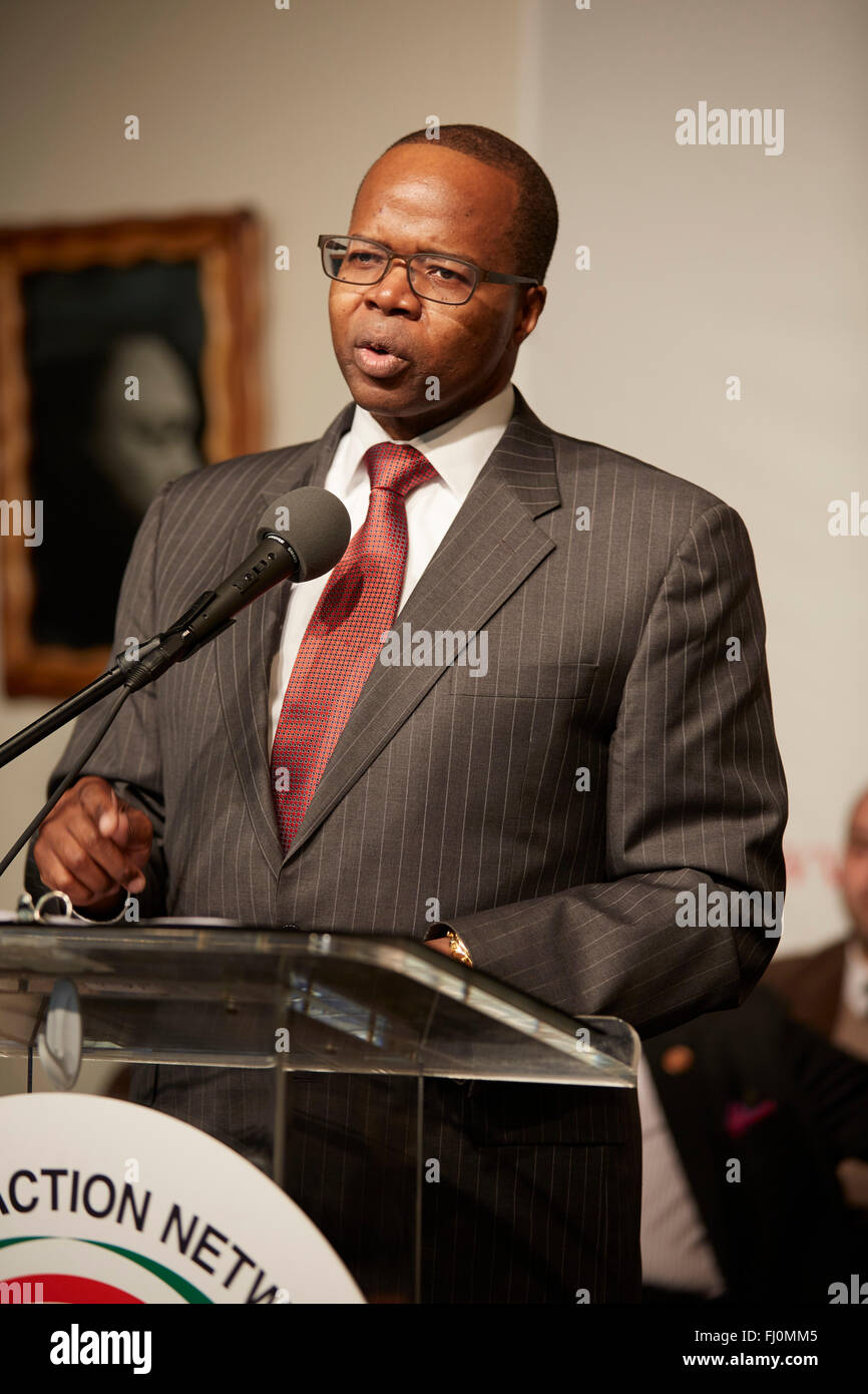 ken thompson stock photos ken thompson stock images alamy ken thompson brooklyn da speaks at martin luther king jr day at na house