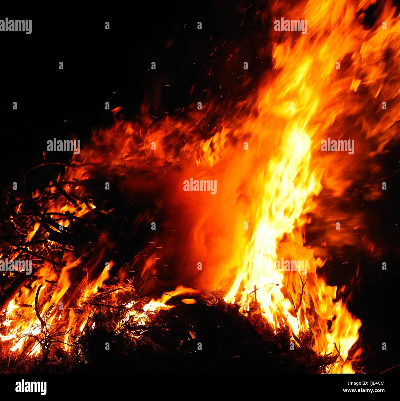 Marco Controls Flames: Bushfire Bush Fire Wild Fire Flames Burning Out Of Control