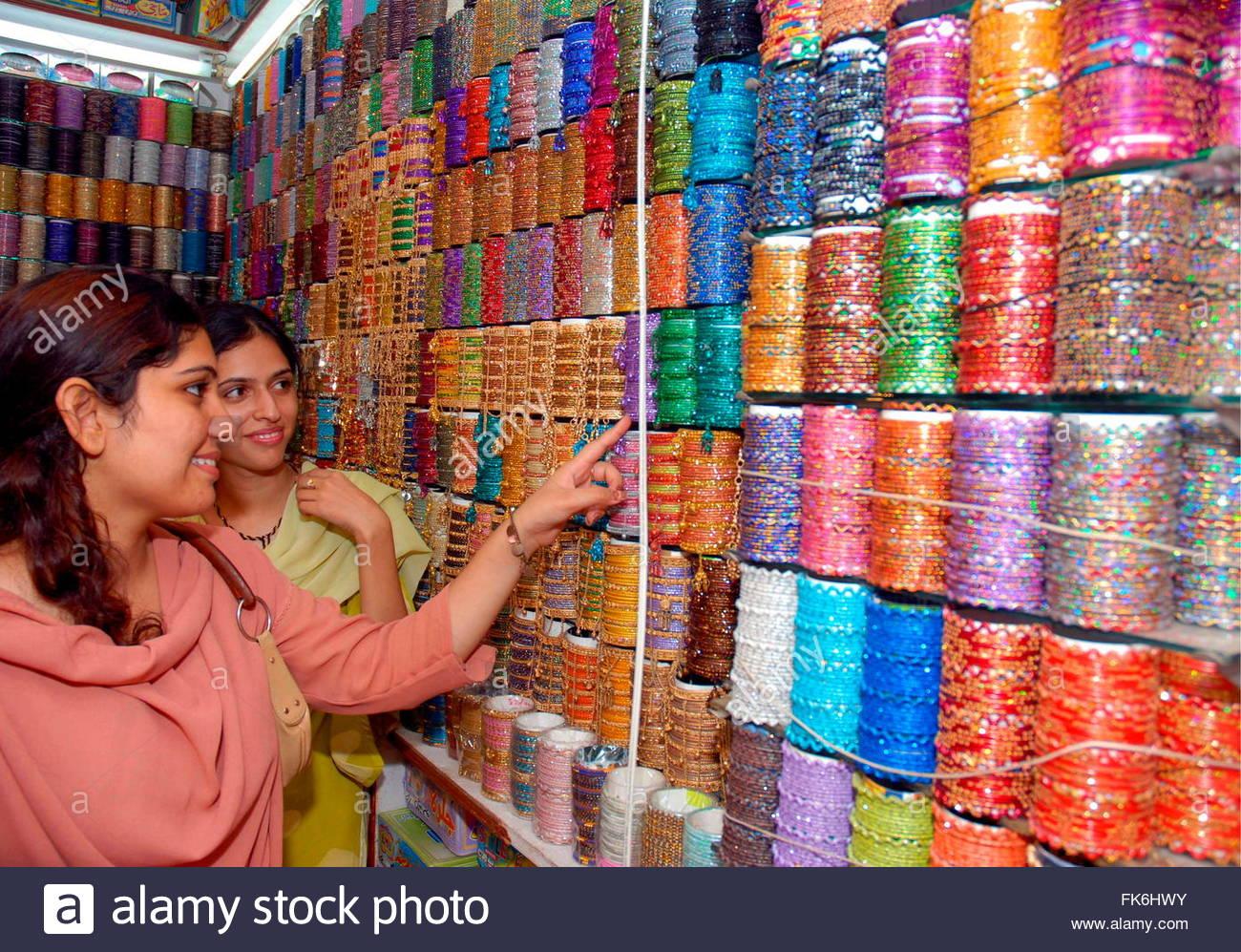 Resultado de imagen de bangles for girls stock
