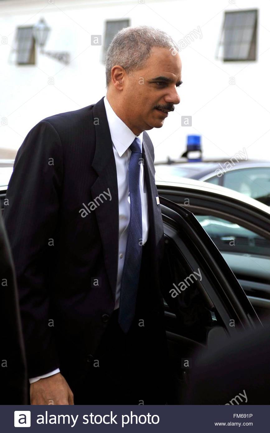 photo of Eric Holder  - car
