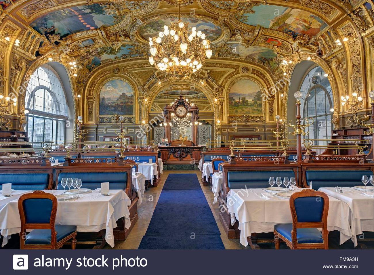 Souvent France, Paris, gare de Lyon (Lyon railway station), Le train Bleu  KY01
