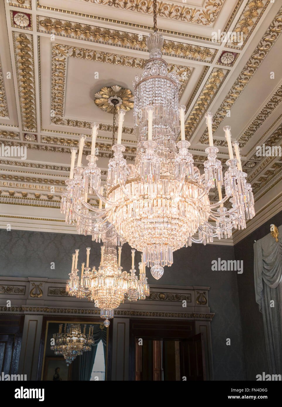 Crystal Chandeliers Stock Photos & Crystal Chandeliers Stock ...