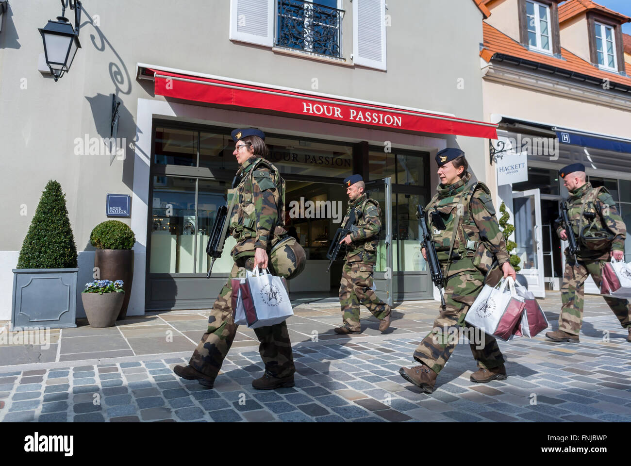 paris france french soldiers patrolling in shopping. Black Bedroom Furniture Sets. Home Design Ideas