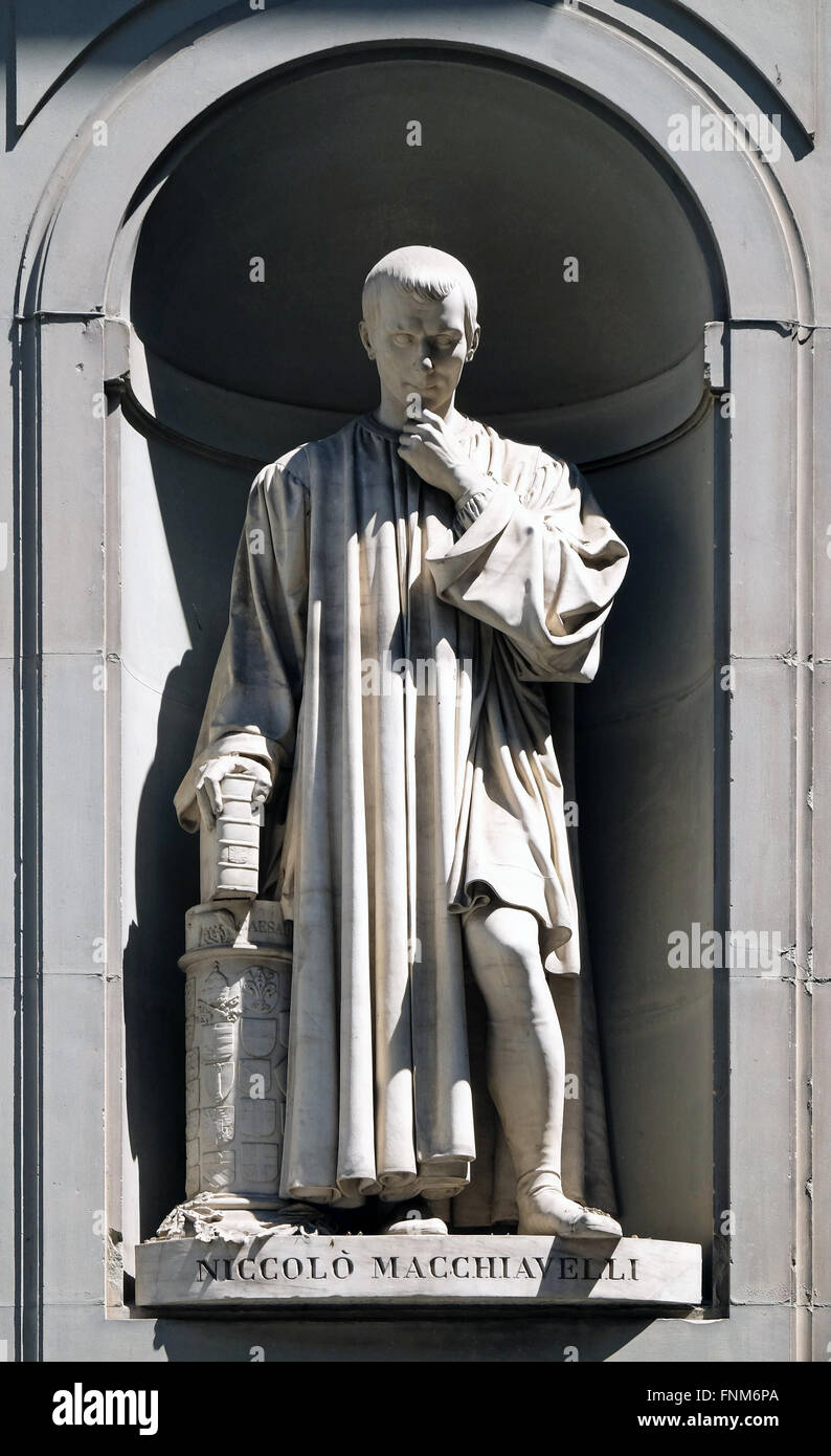 niccolo machiavelli stock photos niccolo machiavelli stock niccolo machiavelli in the niches of the uffizi colonnade in florence stock image