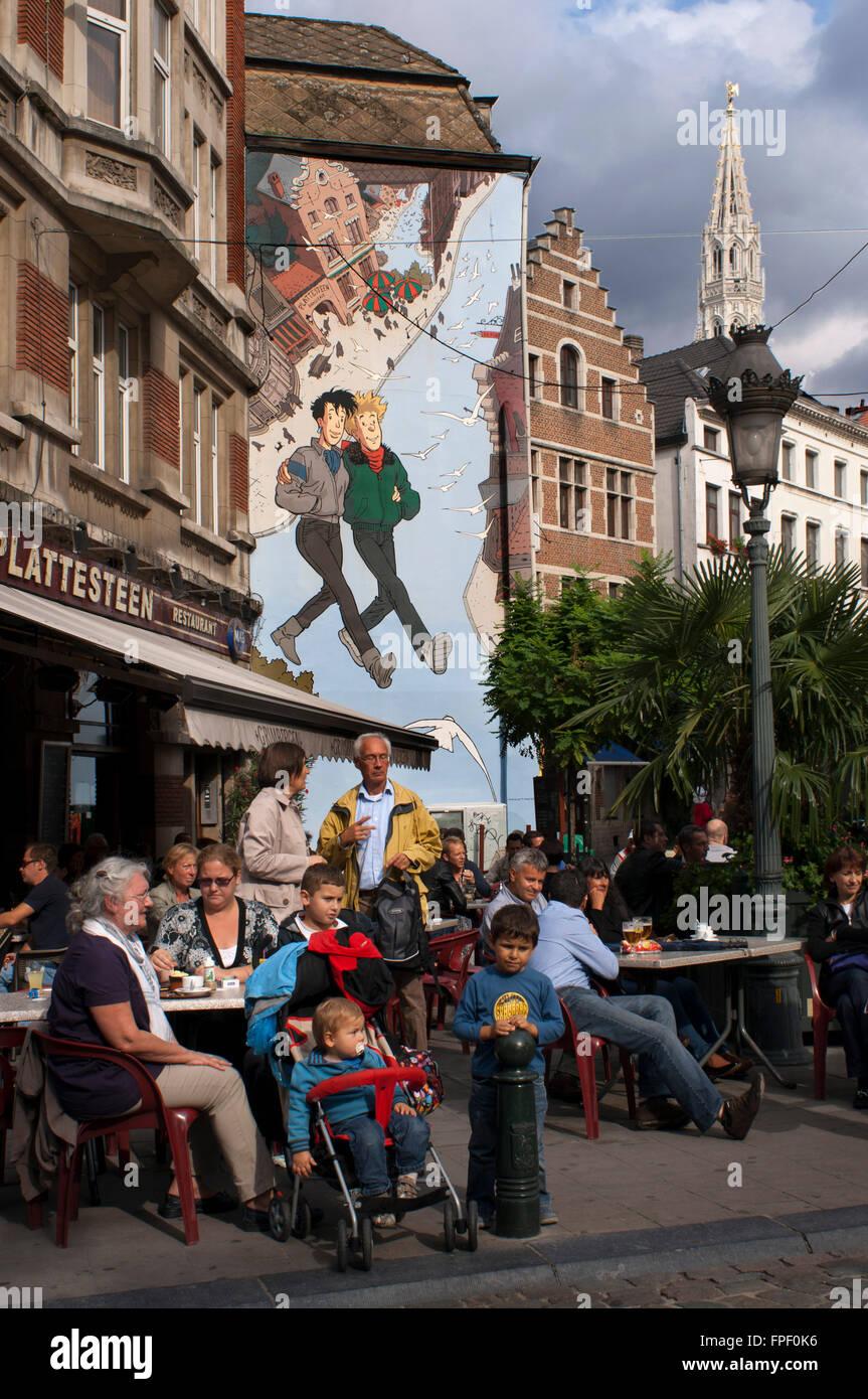 Comic book mural in the street center of brussels belgium for Comic book mural