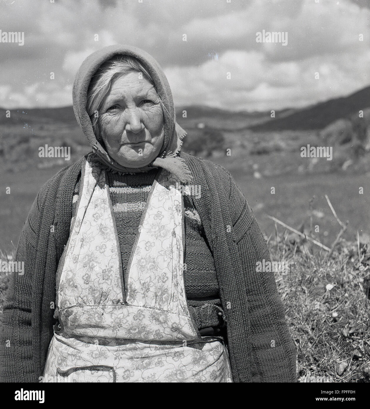 White apron ireland - 1950s Historical Portrait By J Allan Cash Of An Irish Country Woman Resting By Hedgerow