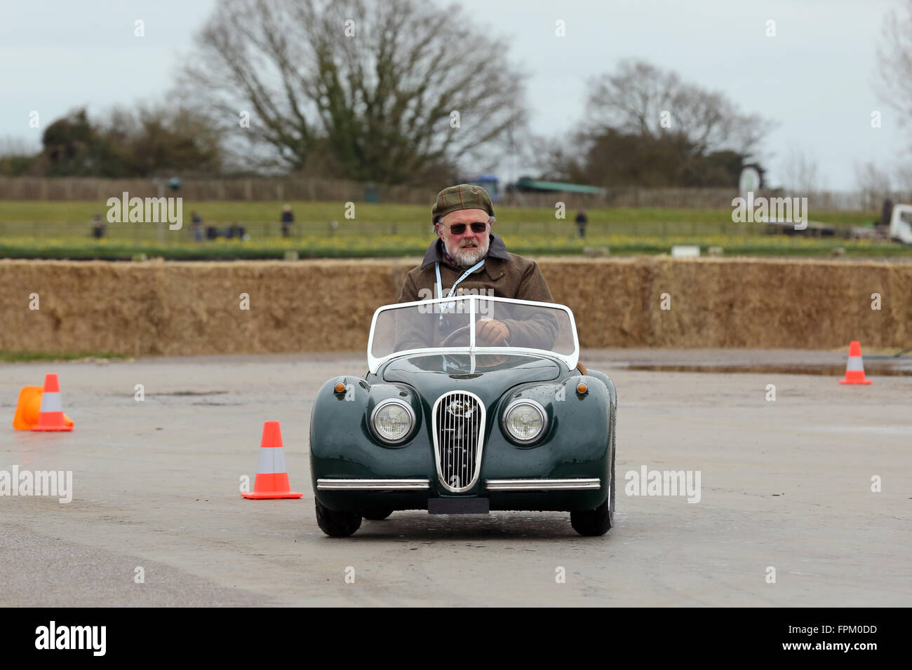 Chichester, UK. 19th Mar, 2016. Auto solo, pocket classic cars ...