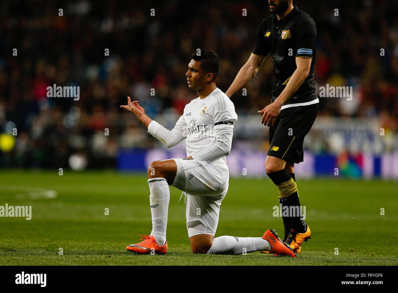 20 03 2016 Madrid Spain Carlos Enrique Casemiro 14 Real