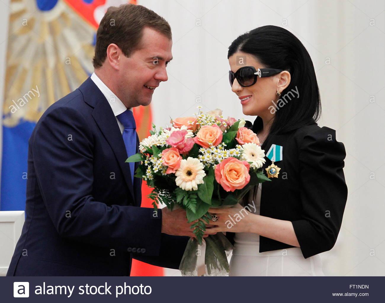 diana NDN Russia's President Dmitry Medvedev (L) presents flowers to Russian singer Diana Gurtskaya after awarding