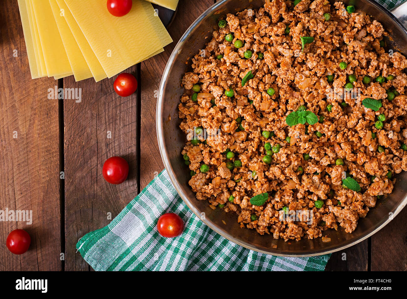 how to make lasagna with mince meat