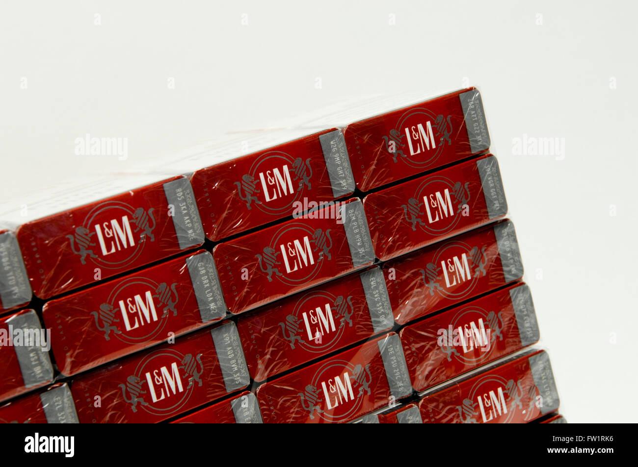 What does menthol cigarettes