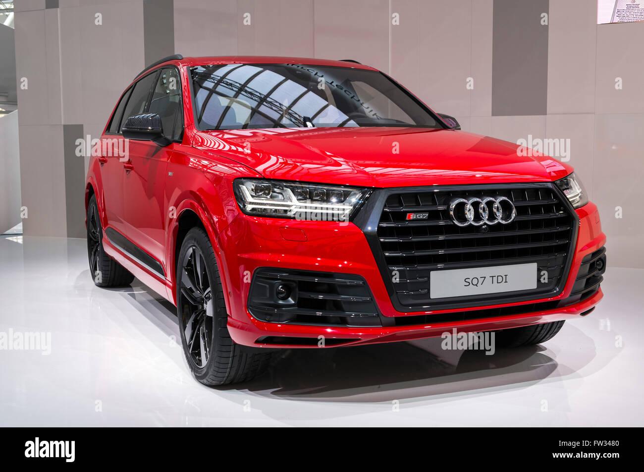 Audi audi sq7 tdi : Audi SQ7 TDI, built in 2016, Audi Forum event, Ingolstadt, Bavaria ...