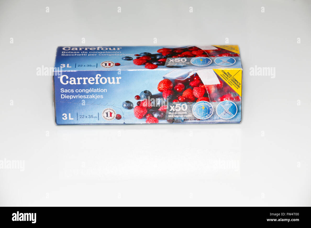 box of carrefour plastic freezer bags