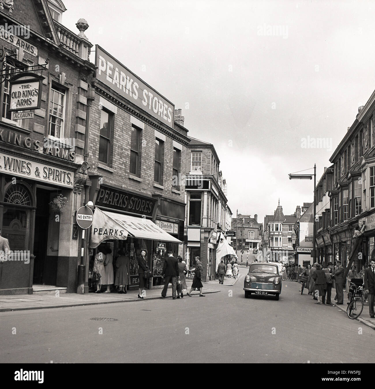 1950s historical view of Wellingborough High Street Stock