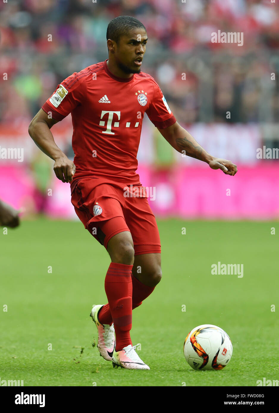 Munich Germany 2nd Apr 2016 Bayern Munich s Douglas Costa in