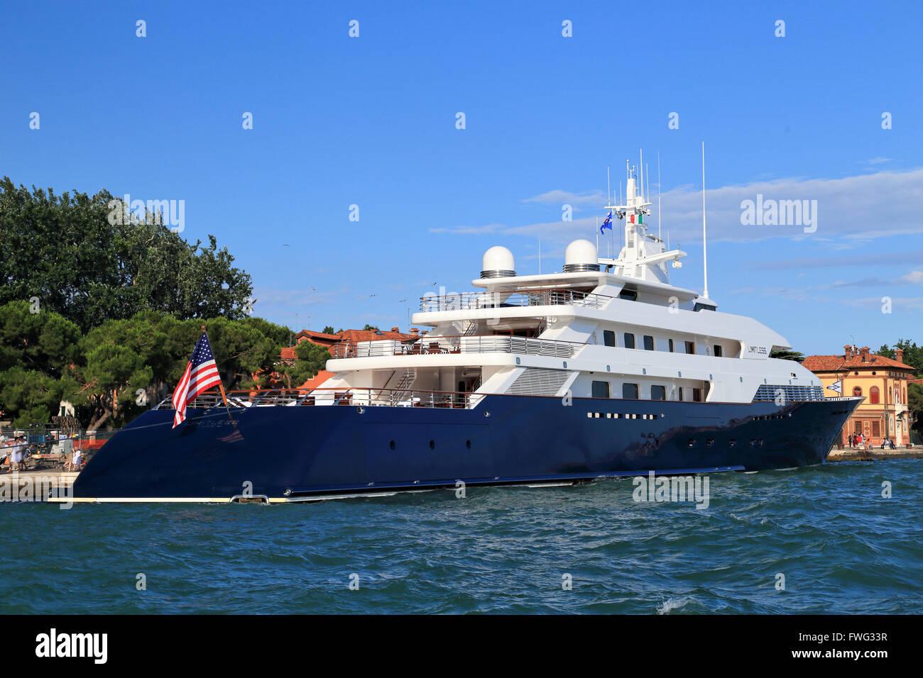 Luxury Super Mega Yacht Limitless IMO 8975940 Owned By Les Wexner