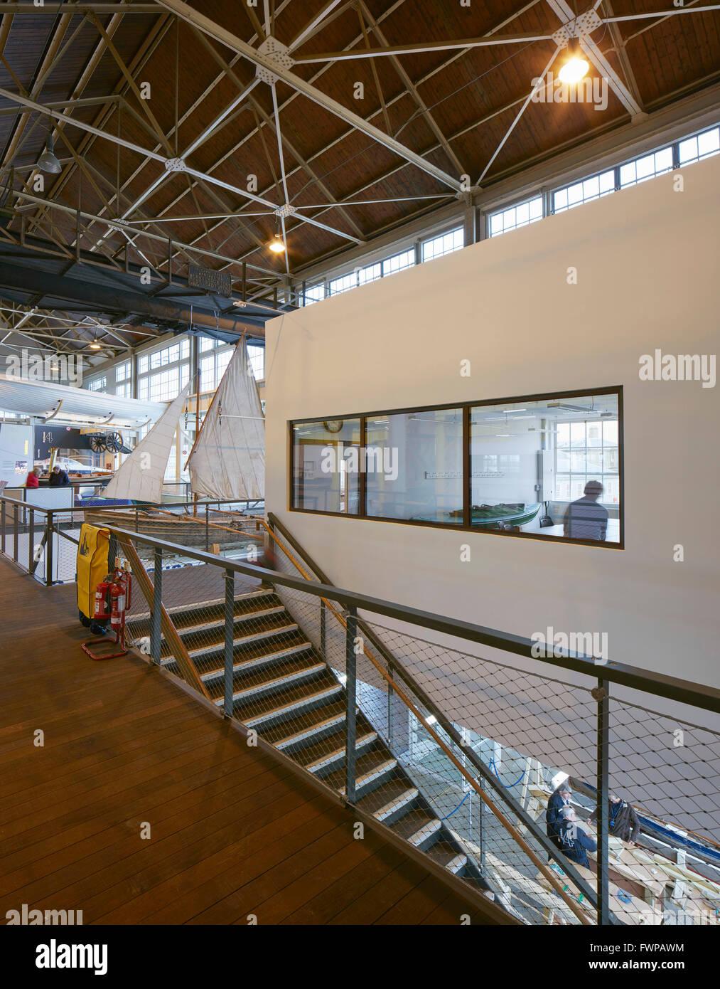 Mezzanine Area visitor and meeting area on mezzanine level. boathouse 4