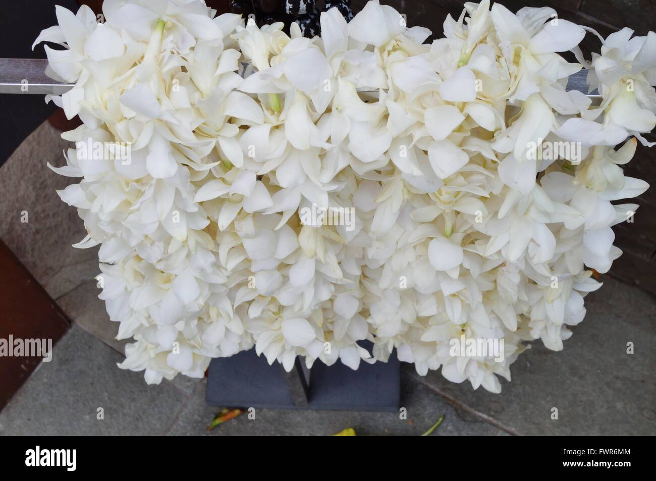 Generous white flower lei images wedding and flowers ispiration famous white flower lei images wedding and flowers ispiration mightylinksfo Images