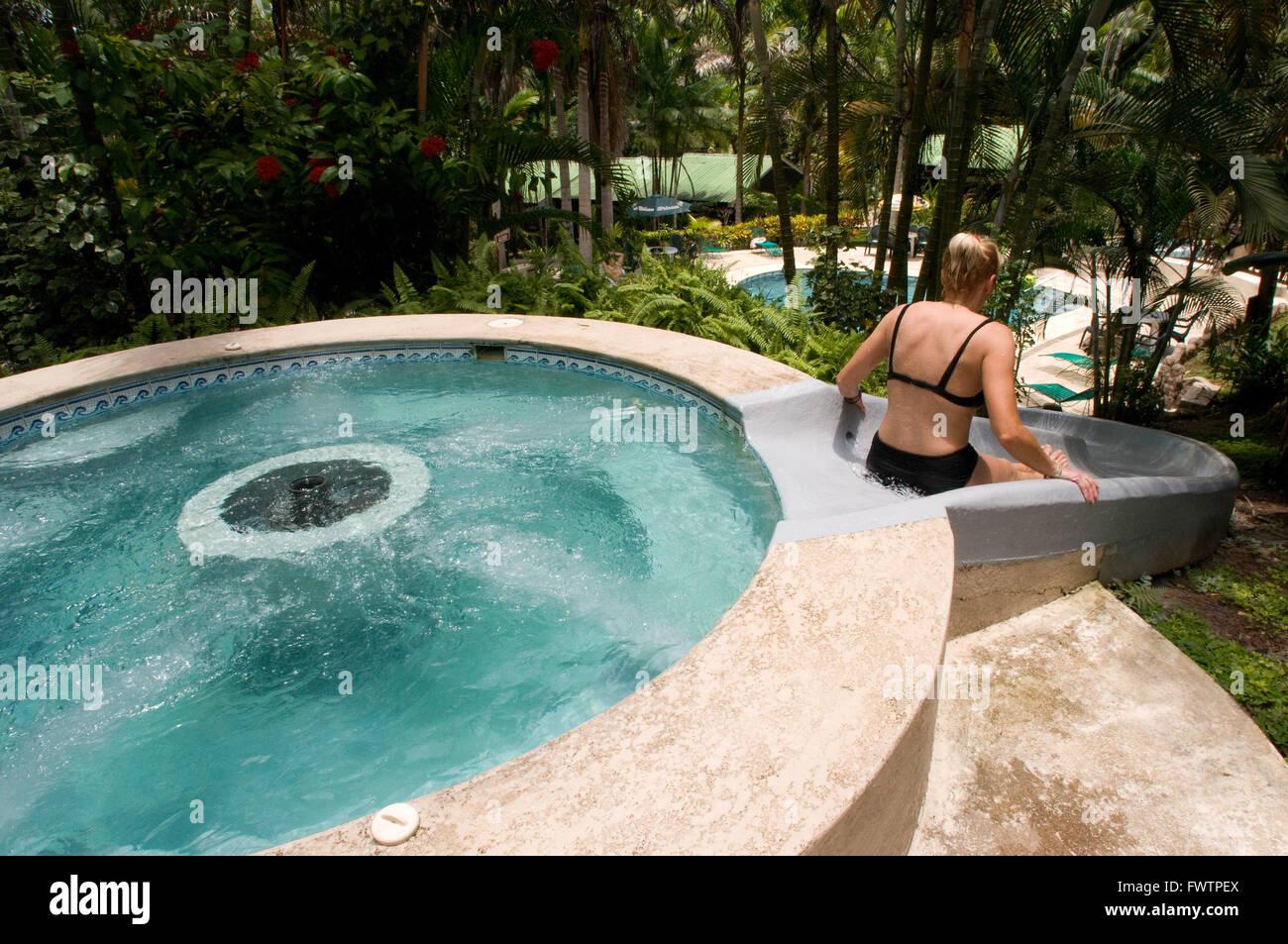 Swimming Pool, Whirlpool Ceiba Tops Luxury Lodge Explorama, Iquitos,  Loreto, Peru. Lodge Bungalow Apartments At Ceiba Tops A Explorama Jungle  Lodge In The ...