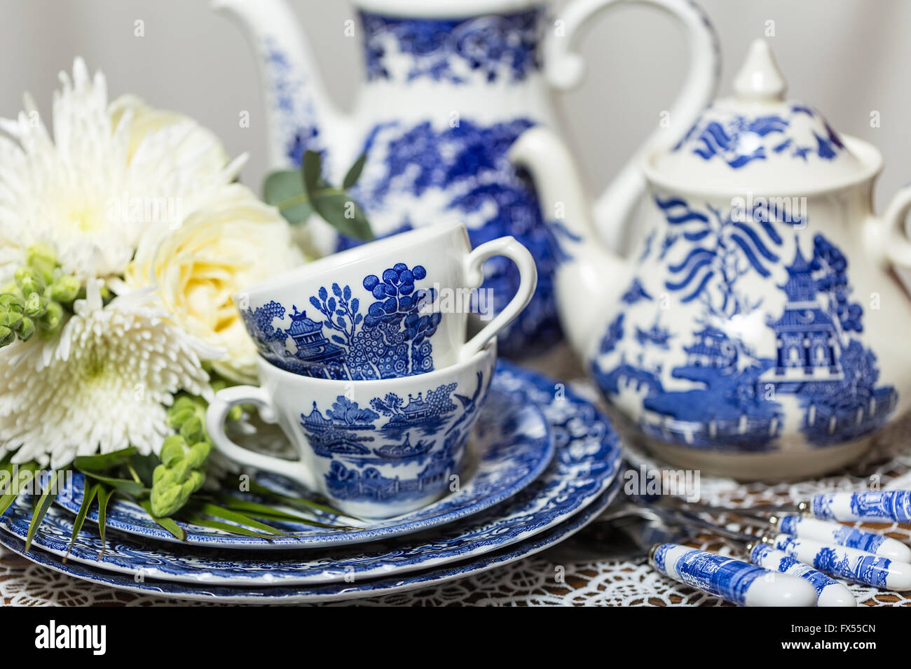 blue and white transferware spode willow pattern tea set