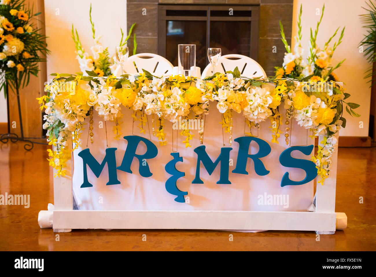 Good Stock Photo   Wedding Reception Table Setting For The Bride And Groom Gallery