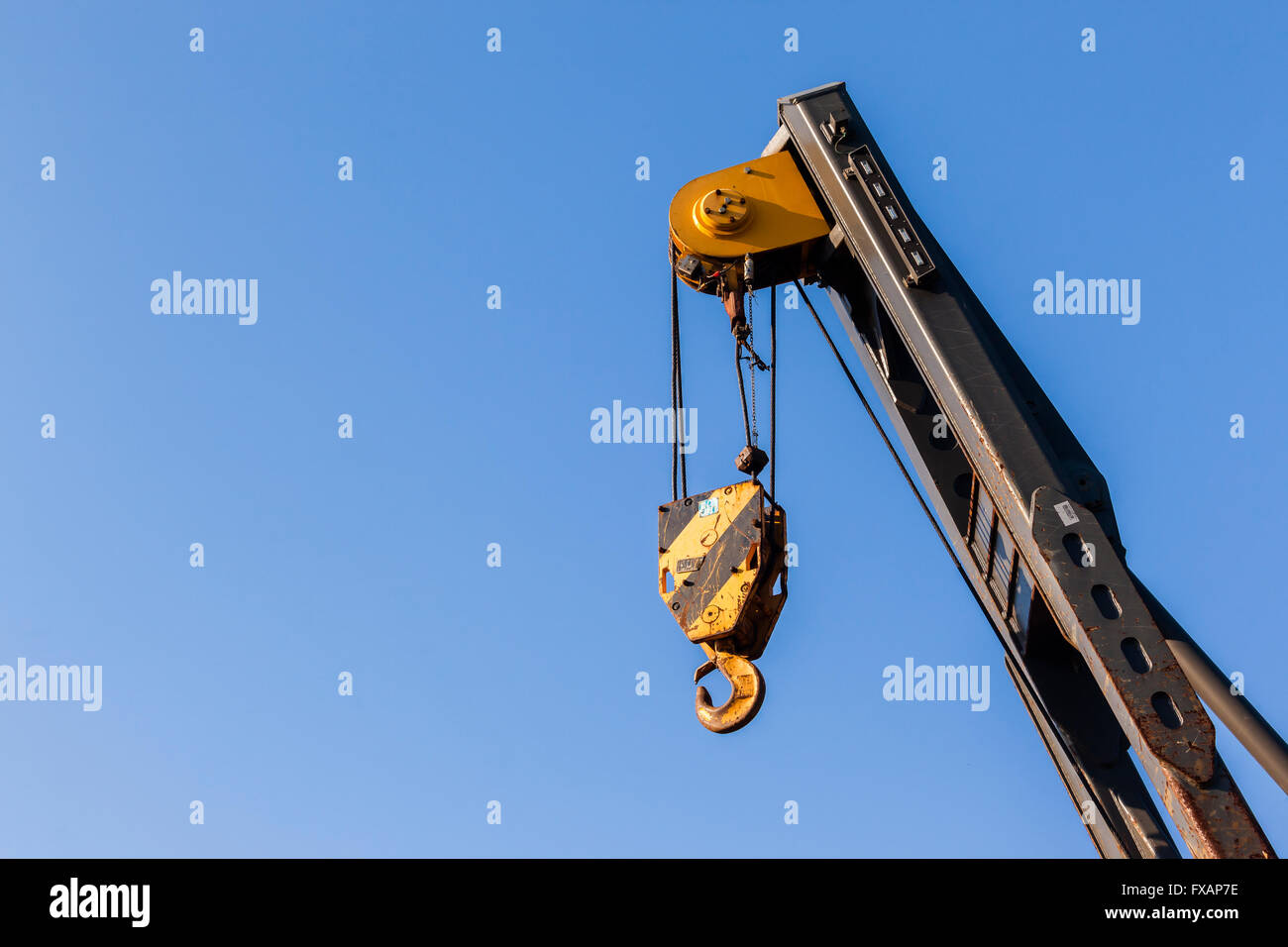 Mobile Crane Rigging : Heavy mobile industrial crane for rigging lifting on