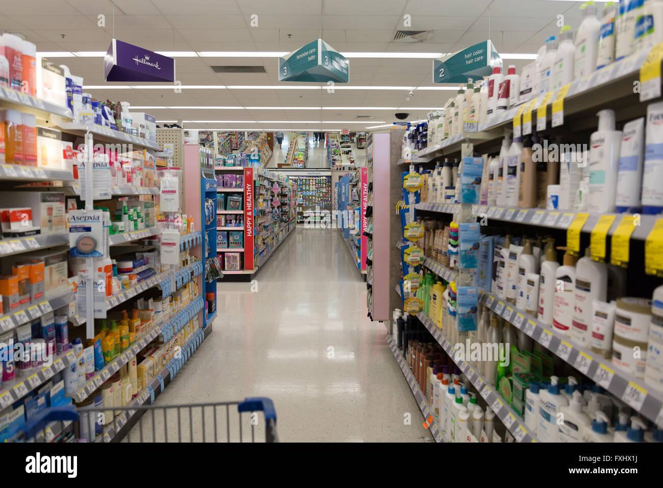 walgreens stock photos walgreens stock images alamy inside a walgreens store stock image